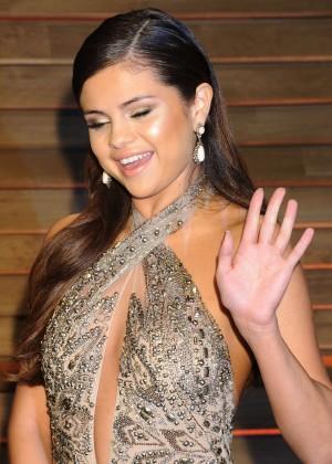 Selena Gomez: Oscar 2014 - Vanity Fair Party -01
