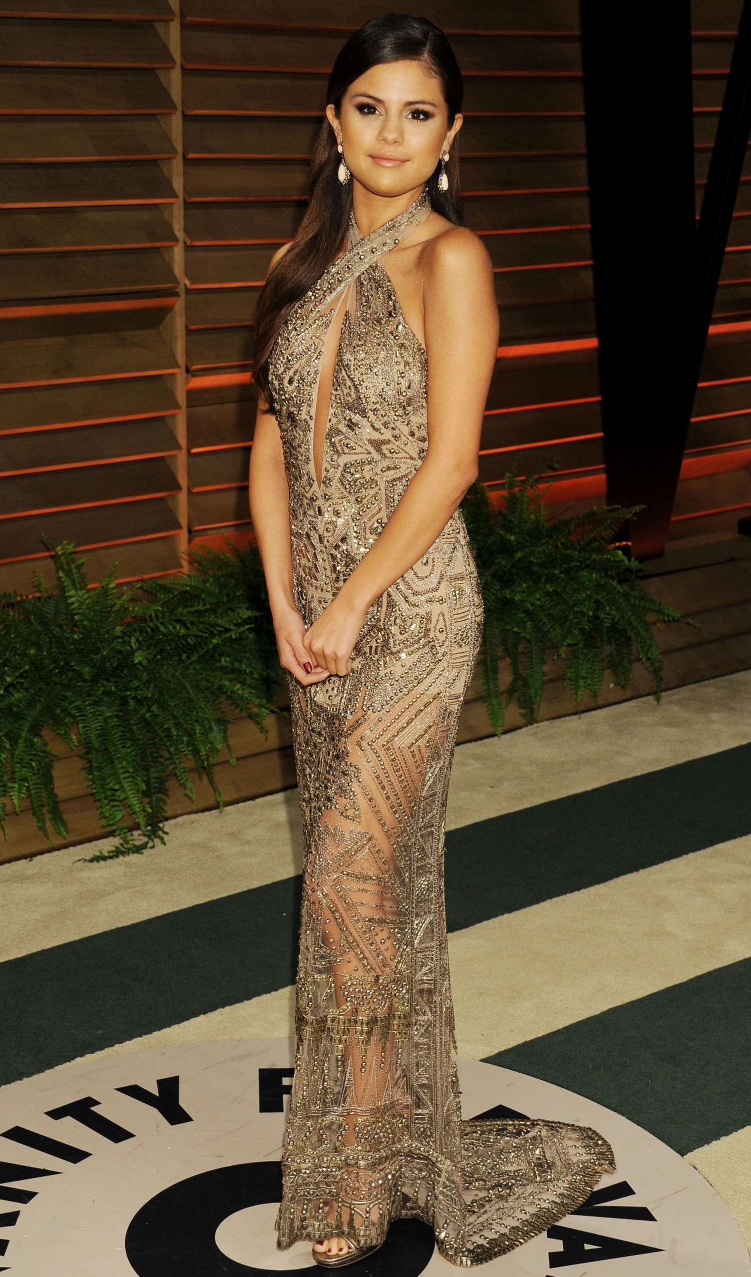 Selena gomez oscar 2014 vanity fair party 02 gotceleb - Photo selena gomez 2014 ...