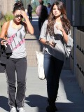 selena-gomez-out-in-la-11