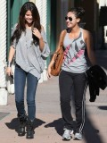 selena-gomez-out-in-la-15