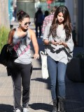selena-gomez-out-in-la-20