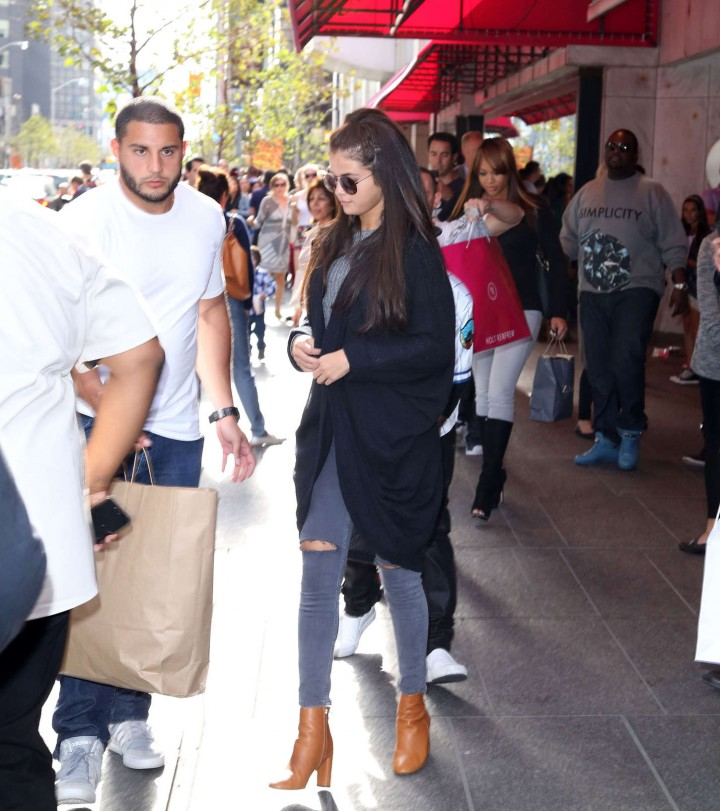 Selena Gomez out in Toronto -01