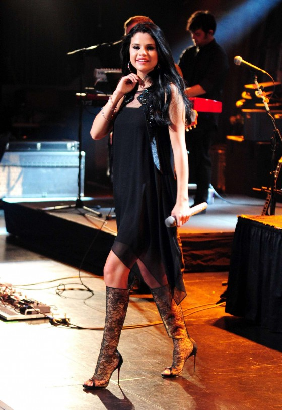 Selena Gomez - Performing at Private Concert For VEVO in LA - April 2012