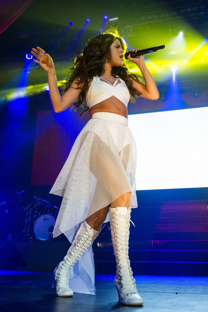Selena Gomez: Performing at Borderfest 2014 -08