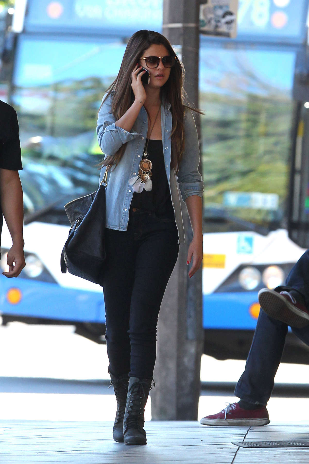 Who is selena gomez dating in Sydney