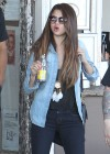Selena Gomez - Shopping in Sydney-12