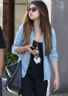 Selena Gomez - Shopping in Sydney-16