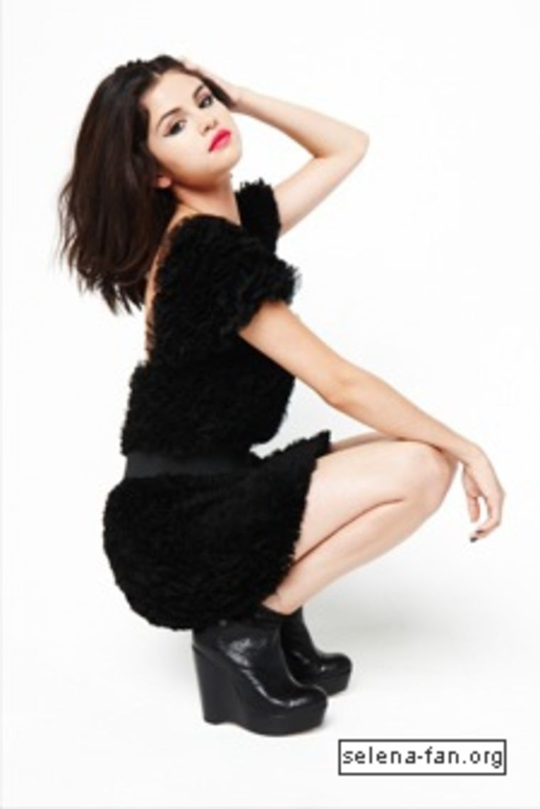 selena-gomez-sugar-magazine-photoshoot-03