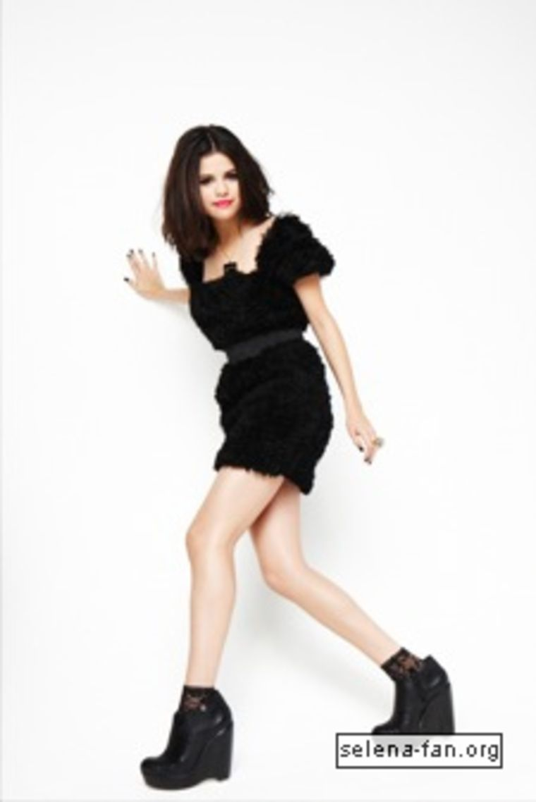 selena-gomez-sugar-magazine-photoshoot-18