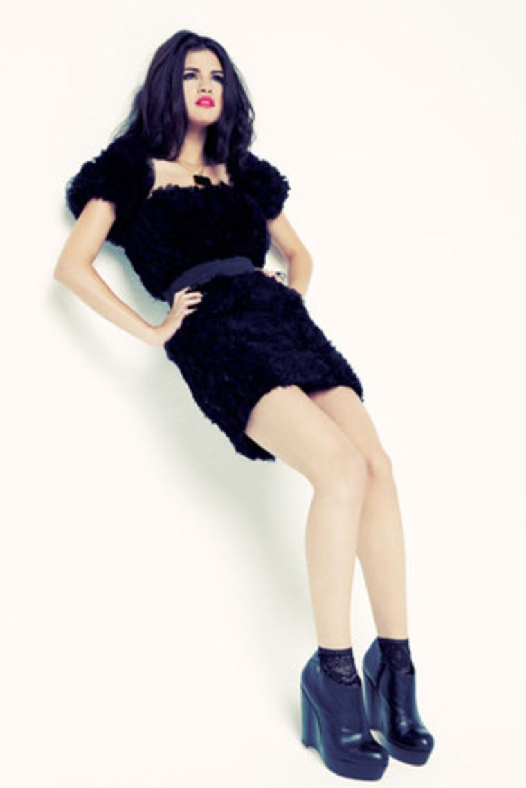 selena-gomez-sugar-magazine-photoshoot-23