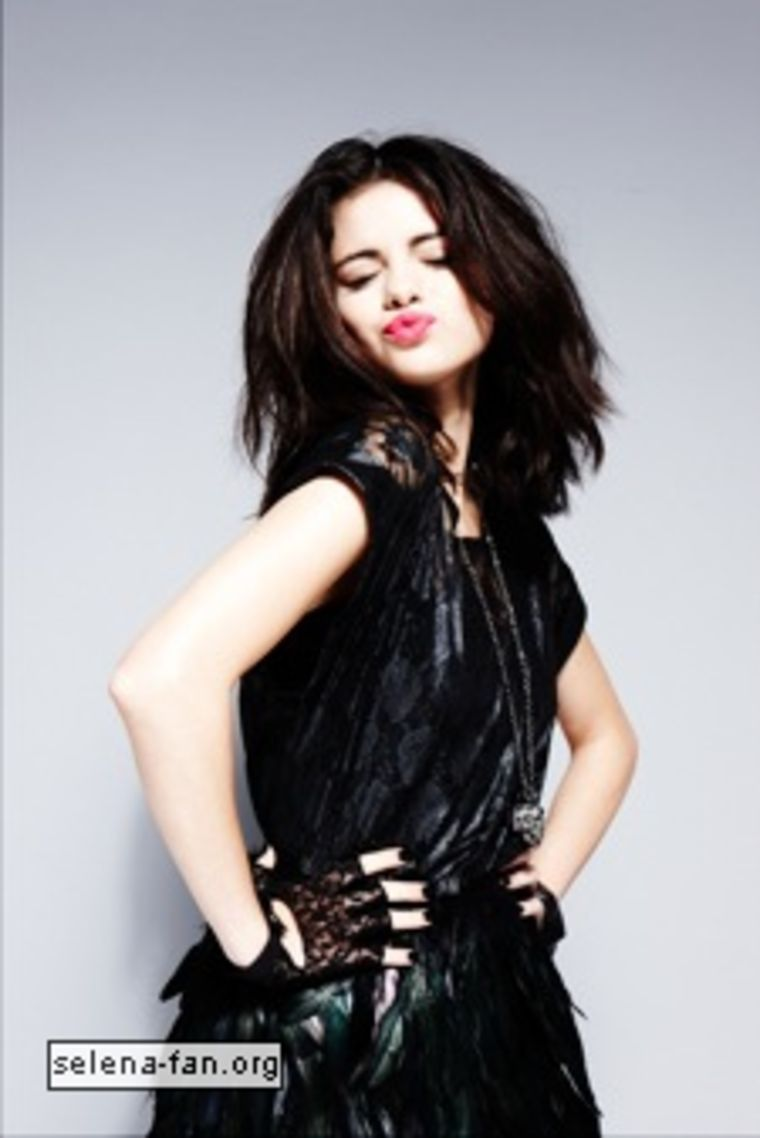 selena-gomez-sugar-magazine-photoshoot-32