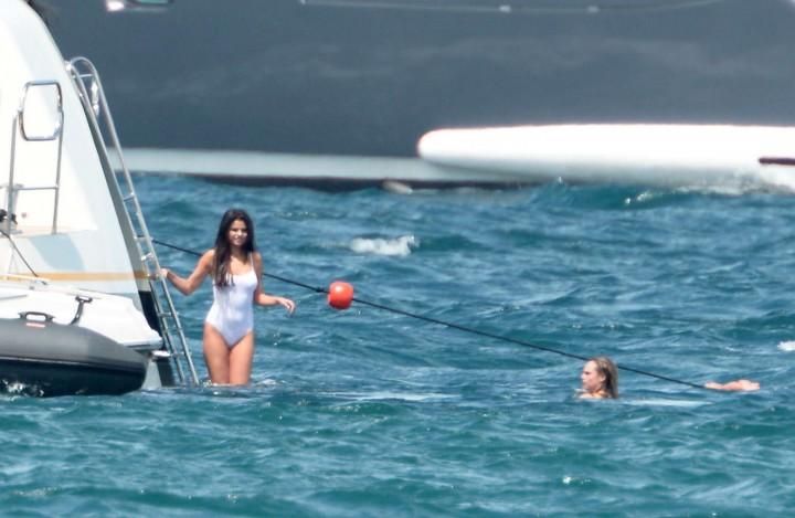 Selena Gomez Swimsuit Photos: St Tropez  2014 -01