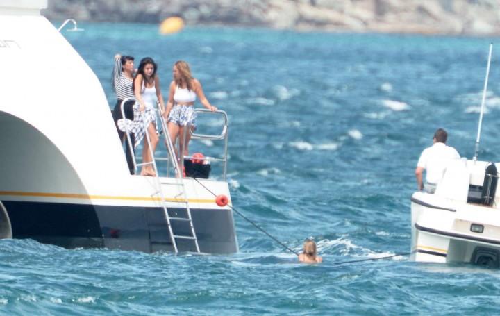 Selena Gomez Swimsuit Photos: St Tropez  2014 -15