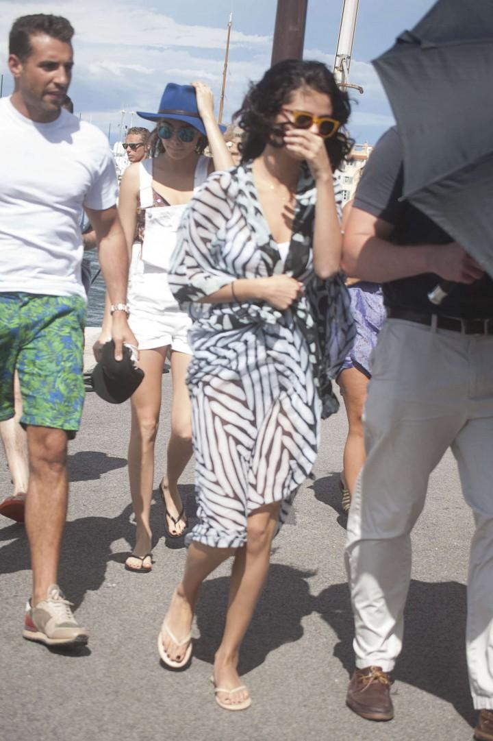 Selena Gomez Swimsuit Photos: St Tropez  2014 -52