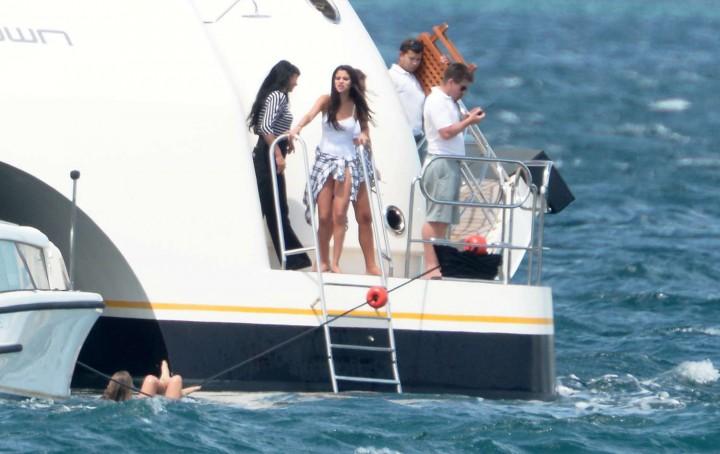 Selena Gomez Swimsuit Photos: St Tropez  2014 -53