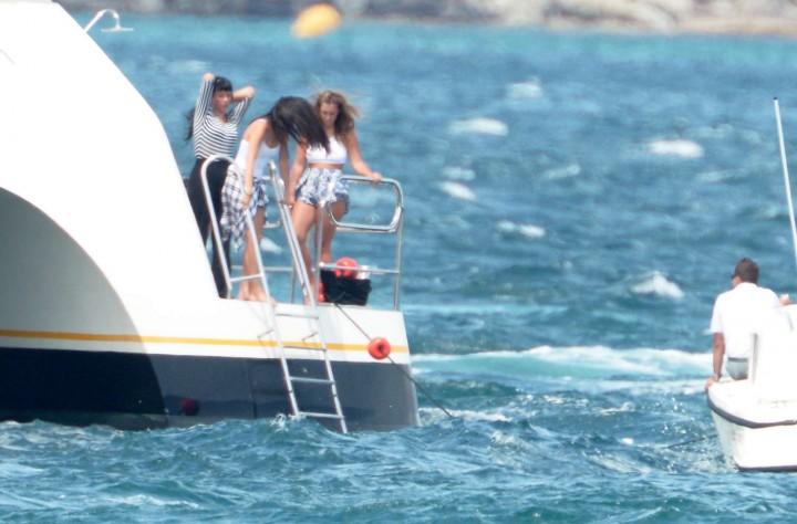 Selena Gomez Swimsuit Photos: St Tropez  2014 -62