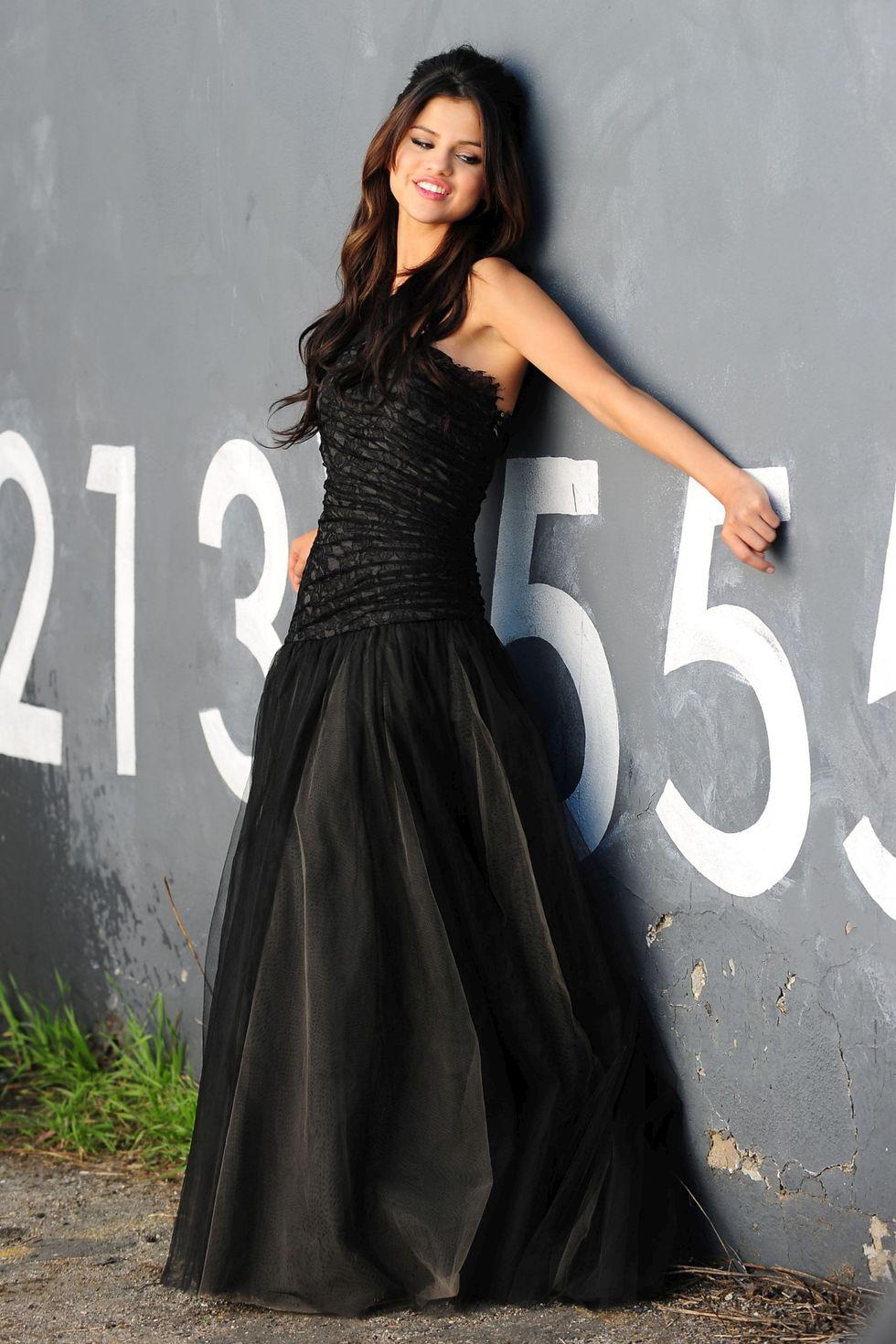 Selena gomez black dress music video