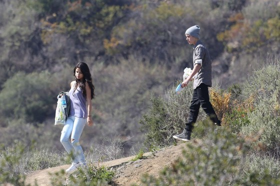 Selena Gomez With Bieber in Griffith Park – Los Angeles-24