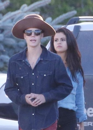 Selena Gomez with Justin Bieber - Horseback riding in Canada