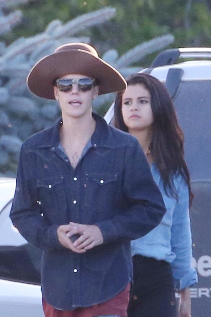 Selena Gomez with Justin Bieber - Horseback riding in Canada