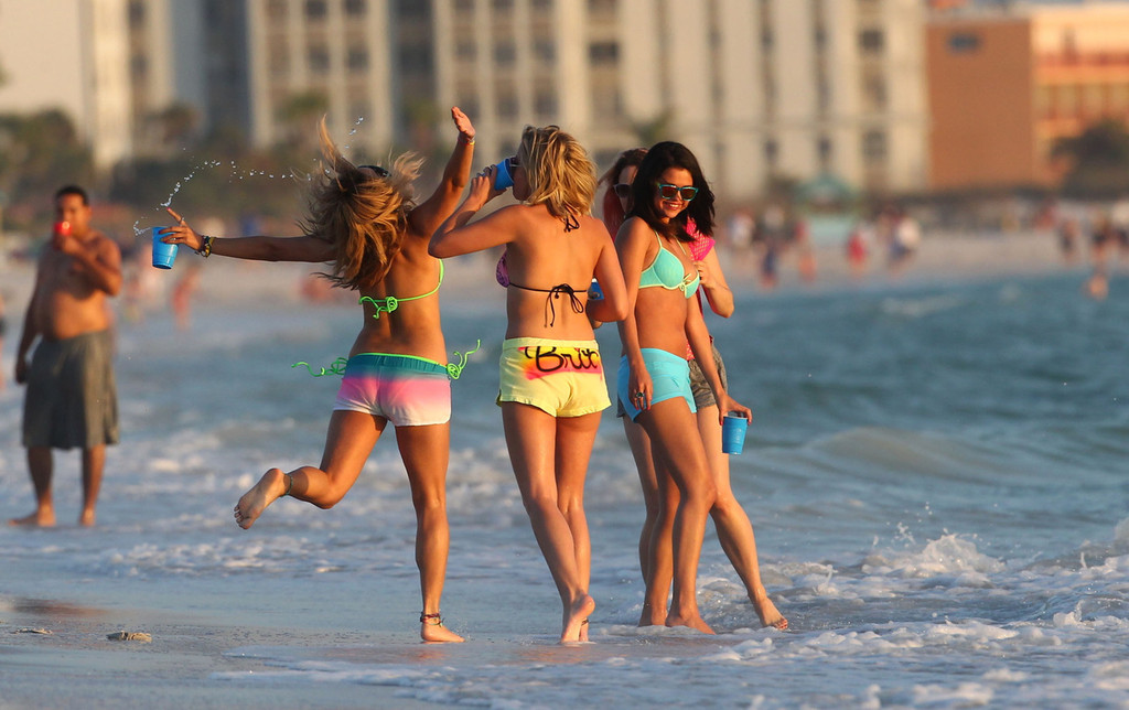 Selena Gomez with Vanessa Hudgens and Ashley Benson In Bikini on Beach-66