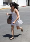 selma-blair-leggy-in-white-dress-in-west-hollywood-02