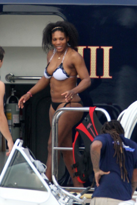 Serena Williams – wearing a bikini in Miami-04