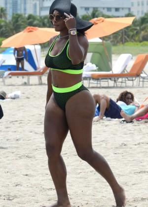 Serena Williams in Bikini -08