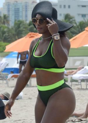Serena Williams in Bikini -18