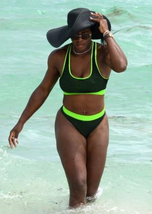 Serena Williams in Bikini -25