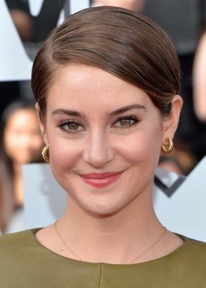 Shailene Woodley: 2014 MTV Movie Awards -06