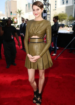 Shailene Woodley: 2014 MTV Movie Awards -07