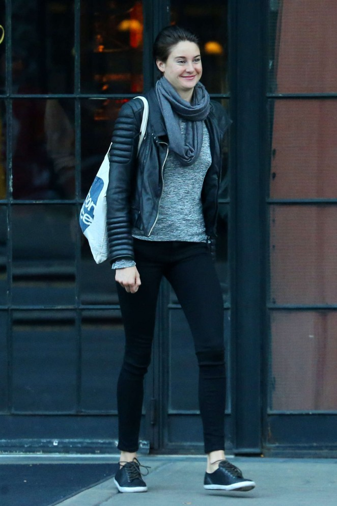 Shailene Woodley in Tights Leaving her hotel in NYC