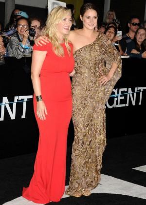 Shailene Woodley: Divergent Premiere -22