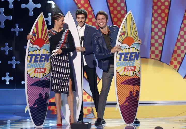 Shailene Woodley – Teen Choice Awards 2014 -01