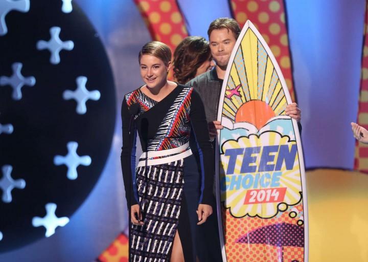 Shailene Woodley – Teen Choice Awards 2014 -02