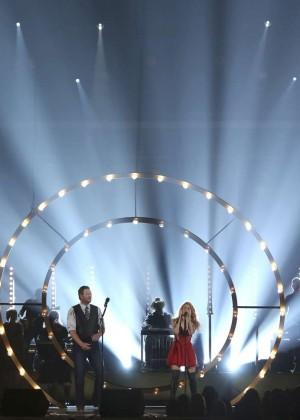 Shakira: 2014 Academy of Country Music Awards -15