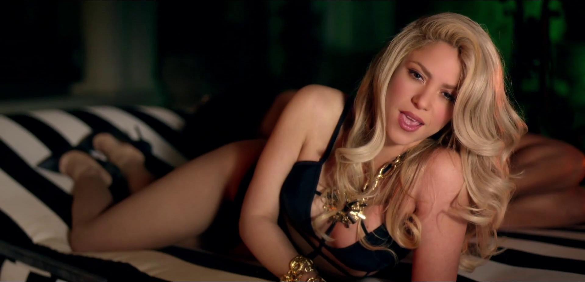 shakira-samiy-seksualniy-klip