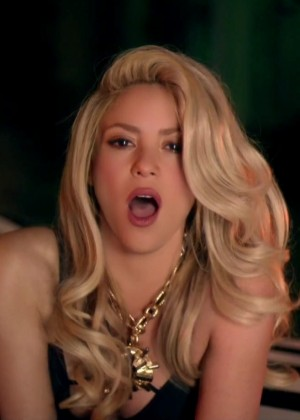 Shakira ft Rihanna: Official Cant Remember to Forget You HD Video -16