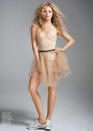 Shakira: Latina Magazine -02