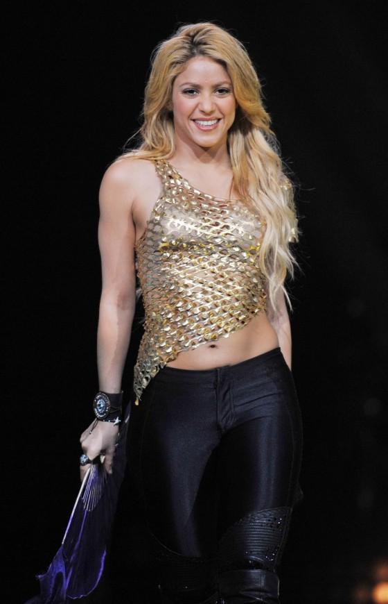 Shakira 2011 : Shakira-10