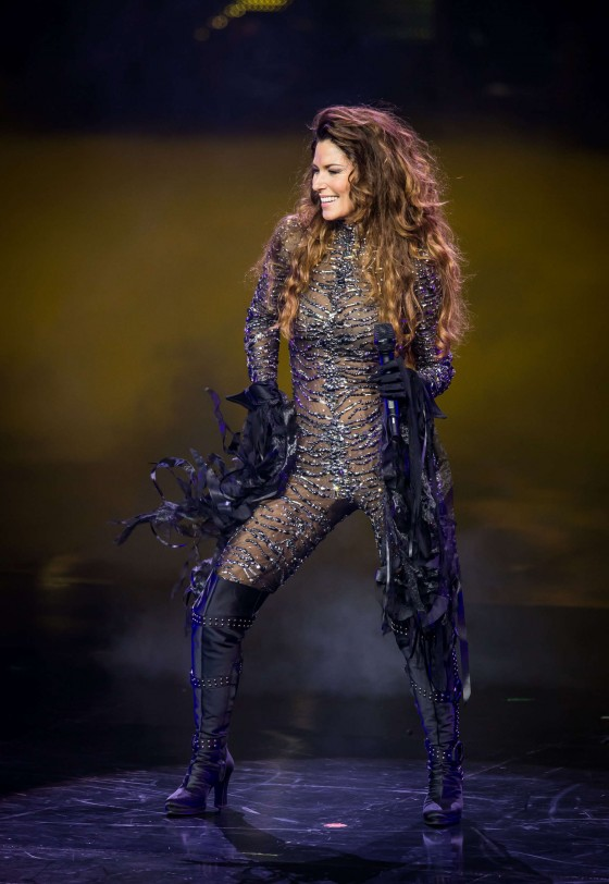 Shania Twain – Hot Photos – Still the One -26