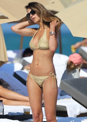 Shannon de Lima Hot Bikini Photos on Miami Beach