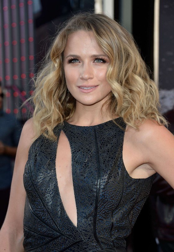 Shantel VanSanten – Fast and Furious 6 Premiere in Universal City -07