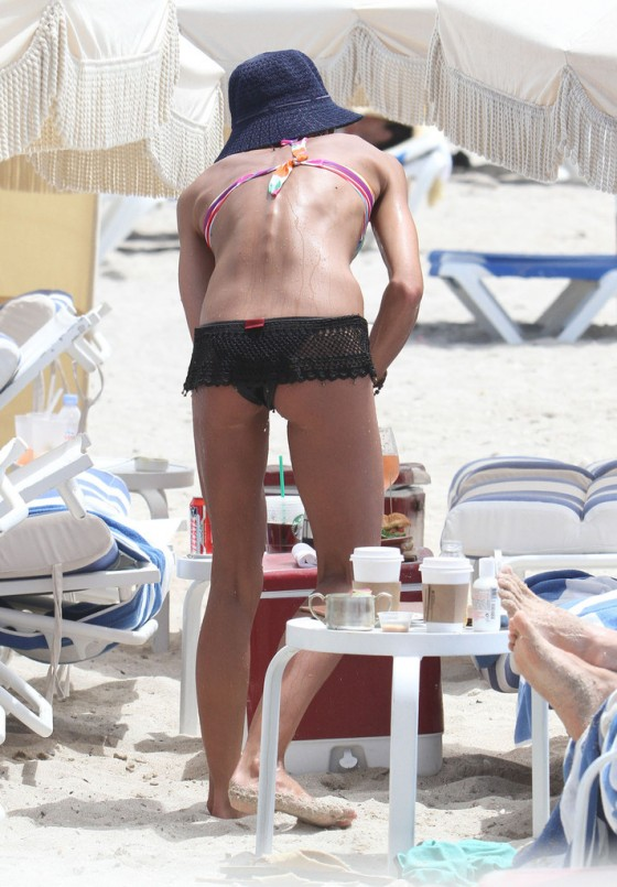 Sharni Vinson – Bikini in Miami-22