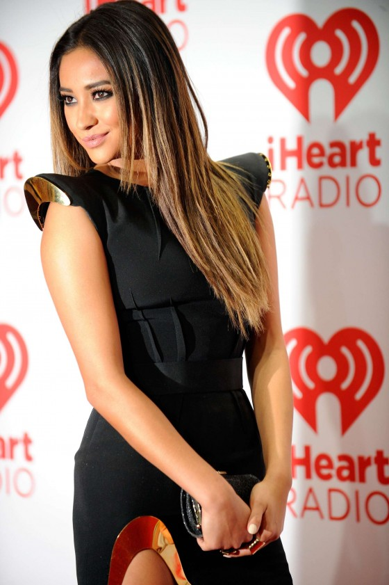 Shay Mitchell Photos: iHeartRadio 2013 Music Festival -03