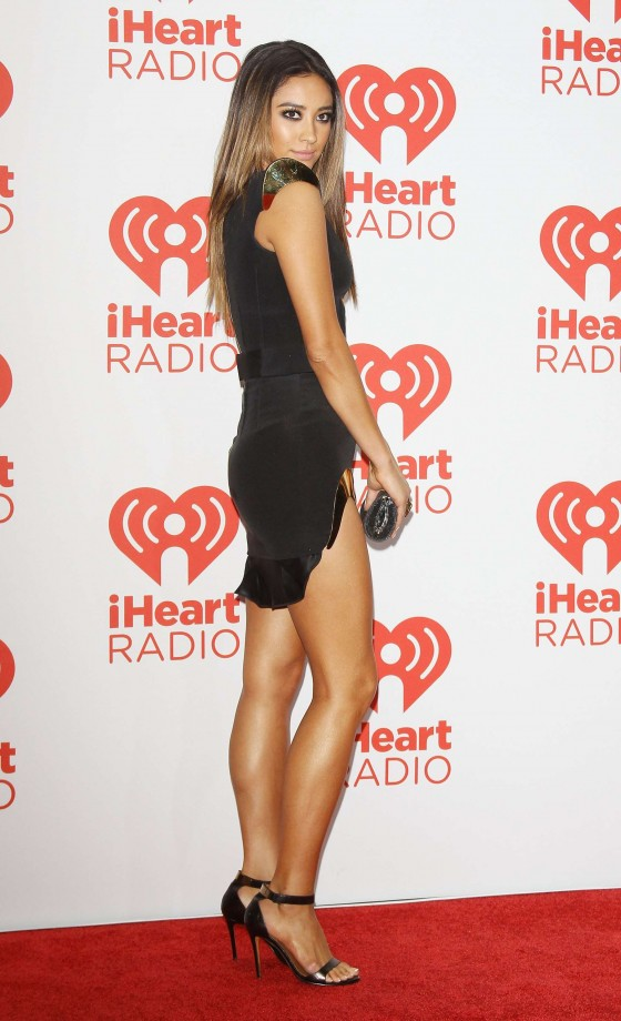 Shay Mitchell Photos: iHeartRadio 2013 Music Festival -04