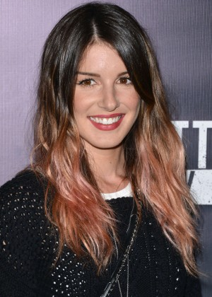Shenae Grimes - Knott's Scary Farm Opening Night in Buena Park