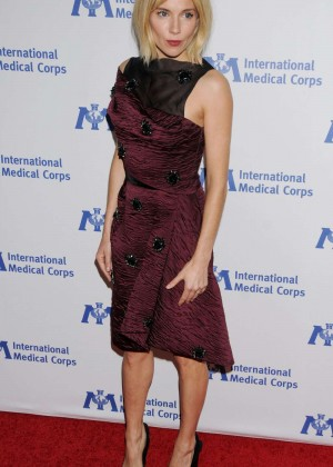Sienna Miller - International Medical Corps' Annual Awards Dinner in Beverly Hills
