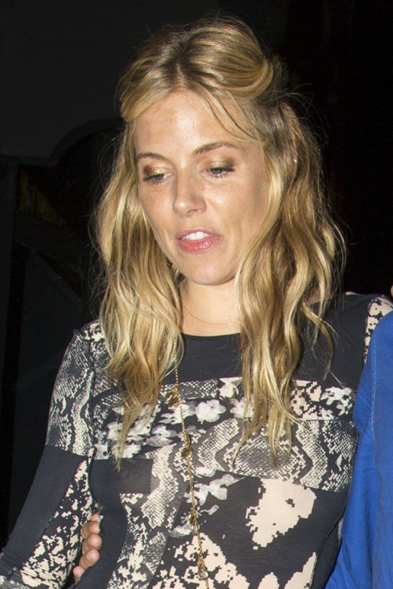 Back to post Sienna Miller – Seen outside The Groucho Club in London